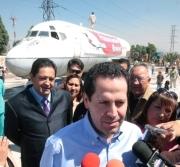 """El alcalde Eruviel Avila dijo que habrá tres """"aeroparques"""" (Foto: CS Ecatepec)"""