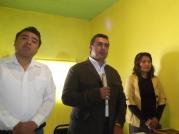 El diputado Octavio Martínez Vargas durante la conferencia de prensa, Lo acompañan. Foto: Jorge Villa