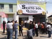 Sobre la calle 5 de Febrero, el diputado Octavio Martínez Vargas inauguró la oficina de atención Ciudadana de Coyotepec. Foto: Jorge Villa