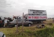 """El representante comunal Juan Loreto dijo que """"no estamos en contra del progreso y desarrollo de Chimalhuacán, pero rechazamos que nuestros derechos sean atropellados y que la alcaldesa no quiera dar por escrito los compromisos que asumió de palabra en pasada reunión con nosotros"""". Foto: Jorge Villa"""