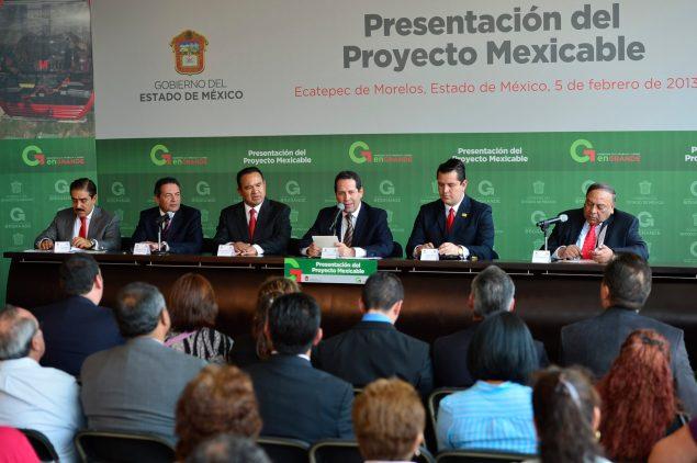 La presentación del proyecto del Mexicable se efectuó en el Tecnológico de Estudios Superiores de Ecatepec. Foto: C.S. Edomex