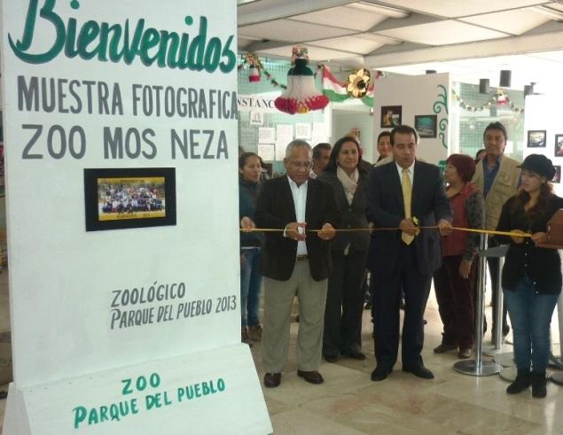 Inauguración. El subdirector, Francisco Cabrera, al centro. Foto: CSNT