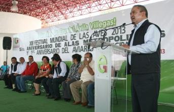 """""""Ecatepec se pone a la vanguardia, en  la conservación del medio ambiente, brindando un lugar en el que se da cuidado y protección para cientos de aves""""., dijo el alcalde Pablo Bedolla. Foto: C. Social"""