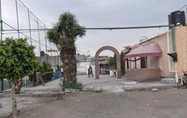 Espacio del predio presuntamente dedicado al futbol rápido, en el centro de la colonia Hank González. Foto: Jorge Villa