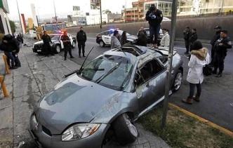 Condiciones en que quedó el auto que provocó la muerte de uno de sus ocupantes. Foto: Tomado de Reforma