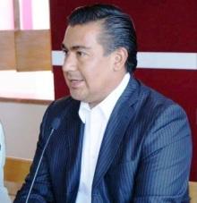 El diputado Octavio Martínez reiteró que por medio de su instituto político solicitará se realicen las investigaciones correspondientes y se sancione al PRI mexiquense. Foto: CSPRD