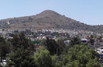 Corett dijo que en el municipio de Coacalco serán regularizadas 7 mil viviendas, tras la firma del convenio con autoridades locales. Foto: Archivo