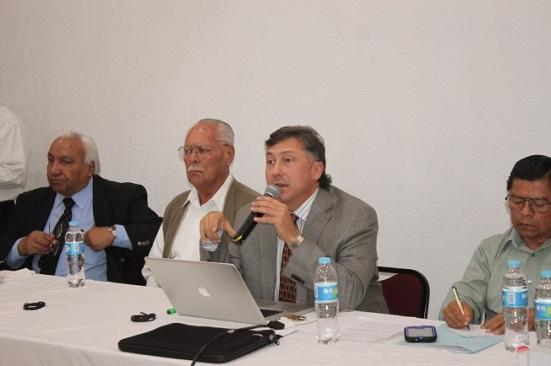 La Unión de Transportistas del Estado de Baja California (UTEBC), informó que el incremento en los hidrocarburos en 2014 significará el 11 por ciento anual del costo de la tarifa en su entidad. Fotos: Difunet