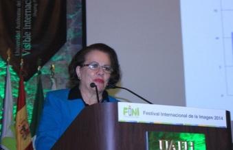 La investigadora Rosa María Valles Ruiz indicó que la falta de acceso a Internet está fuertemente vinculada con el tema de la exclusión y golpea a los sectores más vulnerables del país
