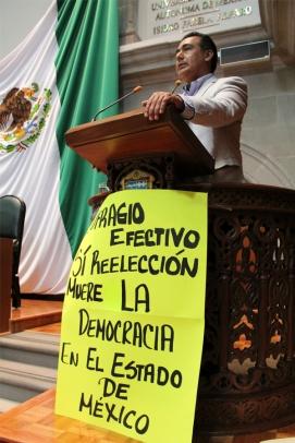 Diputado Octavio Martínez Vargas durante el pleno legislativo. Fotos: CSPRD