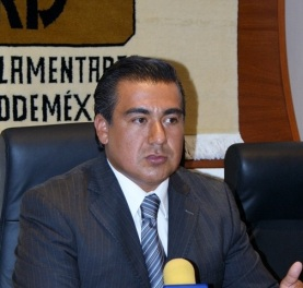 Octavio Martínez considera que la llegada al PRI de Iriarte es con un tinte policiaco. Foto: Archivo