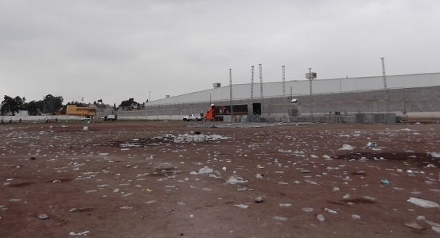 Terreno usado para bailes, ferias o para campos de futbol, sin que el municipio sea el dueño del predio. Foto: Jorge Villa