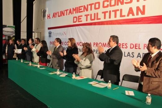 Al finalizar el evento, la alcaldesa Sandra Méndez agradeció a los promotores el interés por trabajar en equipo y cercanos a quienes más lo necesitan. Foto: C. S.
