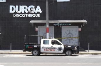 El sitio ubicado en la calle Ecatepec, casi esquina con la Vía Morelos era custodiado por la Policía municipal este sábado al mediodía. Foto: Jorge Villa