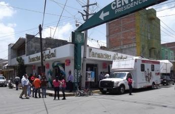 """Farmacia """"Fernanda"""", en la calle Victoria Nº 21, en el centro de Chiconcuac"""