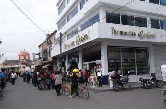 Farmacia de Jesús, ubicada en Calle Basilio Cantabrana Nº 8, en el área de San Miguel Chiconcuac. Fotos: ViaComunicaciones