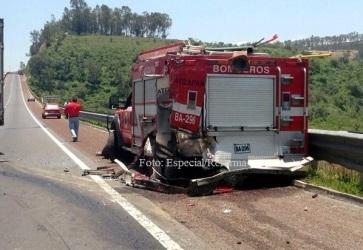 Una de las seis unidades colisionadas. Foto: Tomada de Reforma
