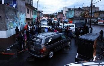Los hechos tuvieron lugar alrededor de las 18:00 horas de ayer en la calle Santa Prisca y Santa Teresa. Foto: Tomada de Reforma