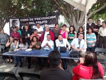 El legislador Octavio Martínez entregó  kids de cámaras de video vigilancia para que ayuden a inhibir un poco el grave problema de inseguridad
