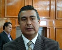 El diputado Octavio Martínez señala la falta al proceso en la investigación de los hechos de la 30-30. Foto: CSPRD