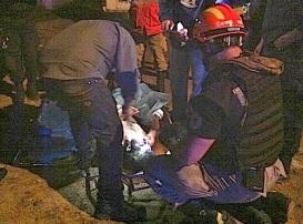 Elementos de Rescate Urbano encontraron el cuerpo sin vida ya por la noche. Foto: Fer Solís