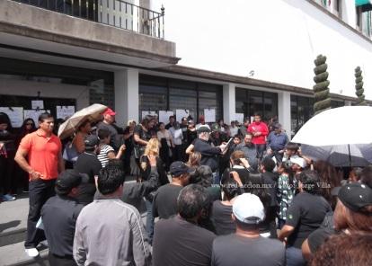 """Exigen a la autoridades """"mayor seguridad, ni un muerto más, ni un secuestro más"""", además acusaron a la policía local de estar involucrada o promover los hechos delictivos. Foto: Jorge Villa"""