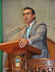 Octavio Martínez Vargas, diputado local, señaló que no existe justificación alguna sobre en qué se utilizarán los recursos, en caso de que el Congreso local apruebe la desincorporación y enajenación. Foto: CSPRD
