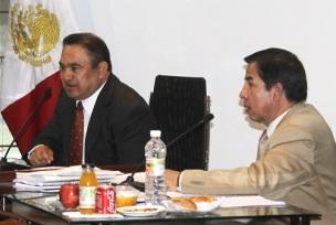 El secretario del ayuntamiento local, Sergio Díaz Hernández, a la derecha. Foto: Archivo