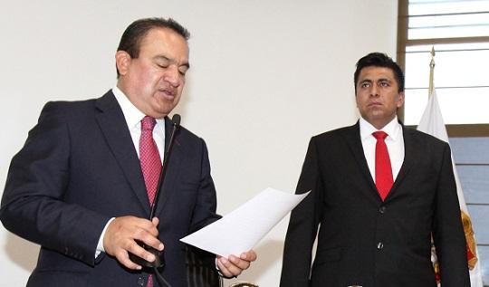 El alcalde Pablo Bedolla durante la toma de posesión del el director general de Seguridad Pública y Vial de Ecatepec, Pedro Orea Romero. Foto: Archivo