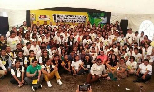 """Los jóvenes de """"Nueva Izquierda"""" fue la delegación más numerosa y participativa que asistió al encuentro, efectuado los días 26 y 27 de julio en el municipio de Tonatico, estado de México. Fotos: CSNI"""