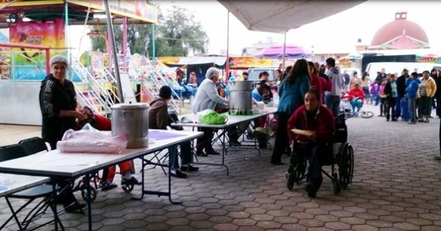 Vista posterior de la Plaza Cívica de San Lorenzo, en donde se inauguró la muestra gastronónica a base de harina de maiz. Foto: Jorge Villa