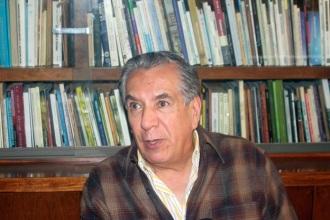 """A 43 años de su primera edición en 1971, """"El gran solitario de Palacio"""" sigue revalidándose porque prácticmente nada ha cambiado en México y América Latina, afirma René Avilés Fabila. Fotos: DIFUNET"""