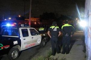 Las autoridades municipales atribuyen el doble homicidio a un posible ajuste de cuentas. Foto: Tomada de Reforma