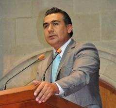 Martínez Vargas señaló que aun cuando se argumenta que la terminal aérea es una obra de beneficio general, sólo 4 por ciento de la población mexicana tiene posibilidades de pagar un vuelo. Foto: CSCD