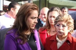 La alcaldesa Sandra Méndez y la regidora Lucía Jaramillo. Foto: C. S.
