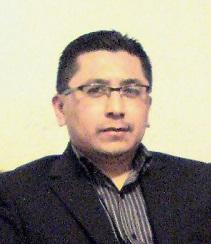 Moisés Sánchez Ramírez, profeionista