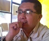 Moisés Sánchez Ramírez, profesionista