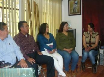 El diputado Octavio Martínez, segundo, consideró urgente la creación de una Comisión Especial del Congreso federal y local para dar seguimiento a los casos de jóvenes desaparecidas. Foto: Especial