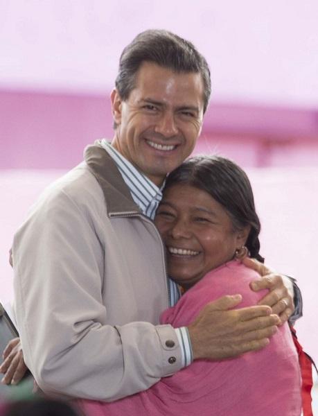El presidente Enrique Peña Nieto estuvo en Pachuca, Hidalgo, en donde inaugurar el Centro de Justicia para las Mujeres. Foto: Presidencia