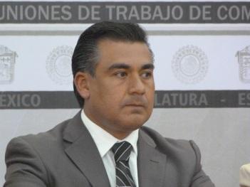 El legislador por el Partido de la Revolución Democrática (PRD) consideró que los linchamientos son un fenómeno que cada vez ocurre con mayor frecuencia en el estado de México, derivado del hartazgo social. Foto: CSPRD