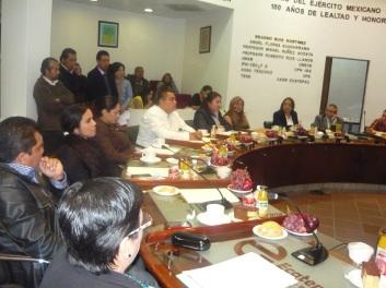 La síndico Diana Méndez (tercera) desaprobó que el alcalde Pablo Bedolla no informe de la reestructuración de préstamos al municipio. Foto: Mary Santiago