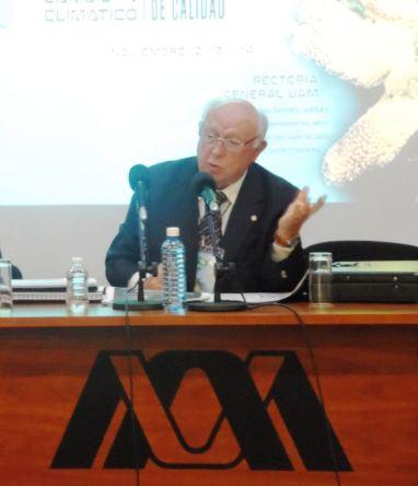 Manuel Viejo Zubicaray, decano de la UNAM, afirma que la victoria republicana en las recientes elecciones de EU es un mal presagio para el cambio climático. Foto: CSUNAI