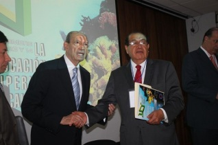 Guillermo Jiménez Morales reforzó la convicción de satisfacer las necesidades del presente sin comprometer la satisfacción de las necesidades de las futuras generaciones.