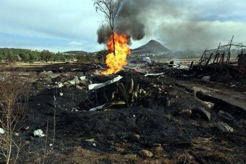 Una posible toma clandestina de gas pudo haber sido la causante de la explosión. Foto: Tomada de Reforma