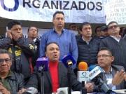 Daniel Medina anunció la querella en contra del secretario de Movilidad, Rubino H. León Tovar y las empresas Uber y Cabify. Fotos: Difunet