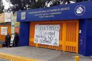 Hoy por la mañana pudieron reiniciarse las clases suspendidas el miércoles. Foto: Reforma